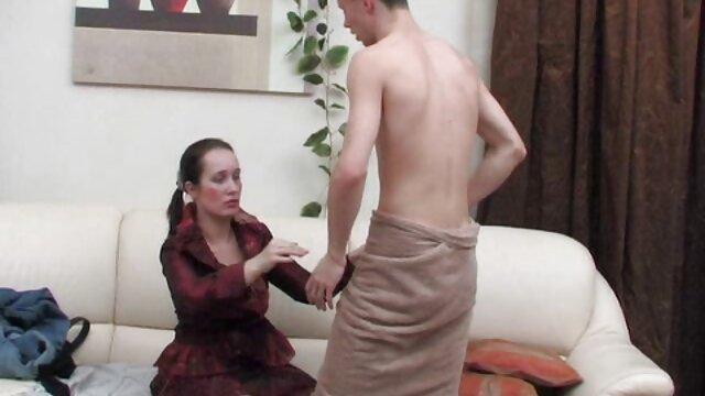 مشتری یک دختر را به یک عضو باشگاه کشیده خاله ولما